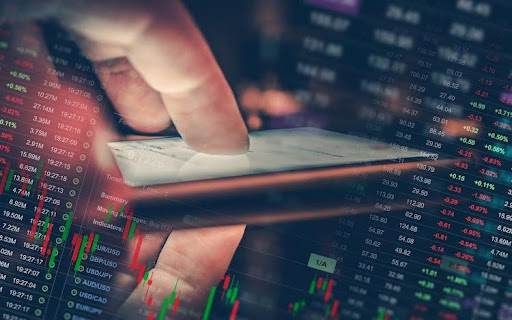 How to choose between commodities and forex trading